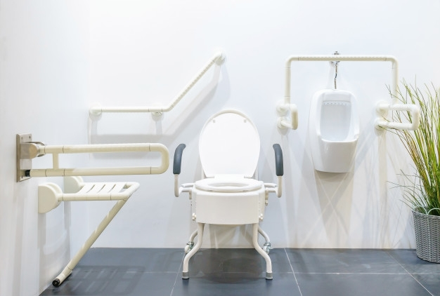 Comment aménager sa salle de bain et ses toilettes ? | Harmonie Médical Service